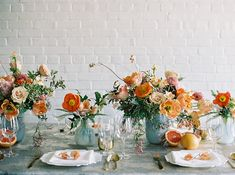 Citrus and Blue Tablescape Ideas – Wedding Orange Wedding Flowers, Floral Wedding, Wedding Colors, Blue Orange Weddings, Orange Wedding Decor, Mediterranean Wedding, Orange Table, Orange Poppy, Thanksgiving Table Settings