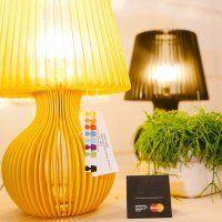 U dubrovačkoj Luži otvorena je prodajna izložba 'MasterCard® Design in Croatia EXPO+SHOP' koja će do 25. rujna domaćim i stranim posjetiteljima Dubrovnika predstaviti originalni hrvatski produkt i modni dizajn. Otvorenje su posjetili brojni Dubrovčan