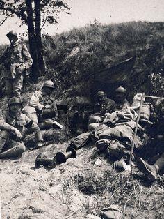 https://flic.kr/p/737RAe | 2éme bataille de la Marne - Saint Gengoulph téléphone - (photo VestPocket Kodak Marius Vasse 1891-1987)