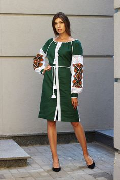 Сукня з ручною вишивкою від українського виробника Синій льон