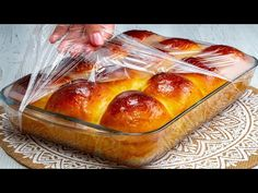 Putini stiu sa prepare briosele astfel. Simplu, rapid si FOARTE gustos | SavurosTV - YouTube Muffins, Baking Conversion Chart, Croissant Bread, Flan, Pretzel Bites, Biscotti, Deli, Hot Dog Buns, Food And Drink