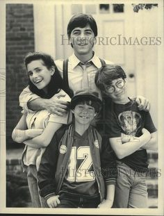 1984 Press Photo Scott Baio with Cast of Charles in Charge - nox04727   Collectibles, Photographic Images, Contemporary (1940-Now)   eBay!