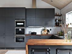 Kjøkkeninspirasjon - Grått kjøkken – Solid peppergrå