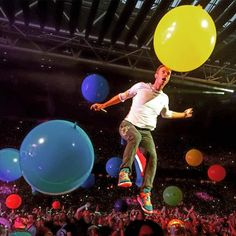 Welcome to the Coldplay Timeline – a living history of the band, from their first rehearsal in 1998 to the present day Great Bands, Cool Bands, Chris Martin Coldplay, Phil Harvey, Jonny Buckland, Blue Eyed Men, For You Song, British Rock, Britpop