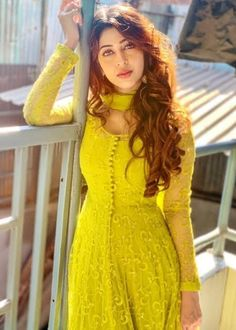 Women fashion Bohemian Casual - Women fashion For Work Videos Job Interviews - - Women fashion Over 30 Round Faces - Women fashion Videos Plus Size What To Wear - Women fashion Preppy Color Combos Indian Gowns Dresses, Pakistani Dresses, Girls Dresses, Designer Anarkali Dresses, Designer Dresses, Indian Attire, Indian Outfits, Stylish Dresses, Fashion Dresses