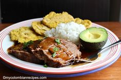 Posta Negra is another traditional and delicious Colombian dish from the Atlantic Coast of the country. It contains beef, cooked in a dark sauce made with Cola, Colombian Dishes, My Colombian Recipes, Colombian Cuisine, Beef Recipes, Cooking Recipes, Healthy Recipes, Easy Weekday Meals, Spanish Dishes, Cheat Meal