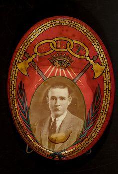 order of odd fellows symbols | Order of odd fellows emblem with man | Flickr…