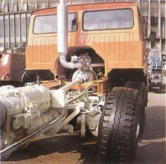 Tatra T813 8x8 AD 350 Cool Trucks, Big Trucks, Classic Trucks, Classic Cars, Road Train, Rubber Tires, Electric Cars, Old Pictures, Motor Car