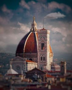 Enjoy Italy, Florence: an awesome city in Tuscany full of memorable art, architecture and more. Find out about the best Florence, Italy attractions with pictures. Toscana, Italy Vacation, Italy Travel, Florence Tours, Florence Tuscany, Florence Art, European Travel, Adventure Travel, Places To Travel