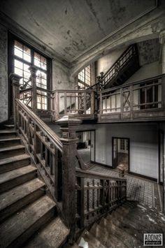 Aurelien Villette's Abandonned Architecture -