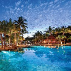 Swimming pool shandrani resort spa beachcomber for Swimming pool testsieger
