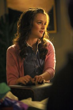 Blair Waldorf - Zara shirt.  Theory shorts.  Alex Woo necklace.