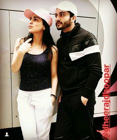 Casual looksss Tv Couples, Celebrity Couples, Tv Actors, Actors & Actresses, Indian Show, Cutest Couple Ever, Kumkum Bhagya, Indian Tv Actress, Bollywood Saree