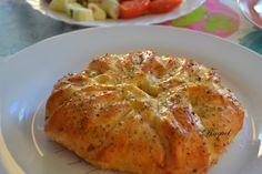 Mi Diversión en la cocina: Hojaldre relleno de jamón y queso provolone al orégano