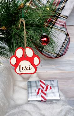3D Wooden Dog Paw Personalized Ornament, Personalized Pet Ornament by CaffeineChaosDesigns on Etsy Personalized Ornaments, Personalized Gifts, One Smart Cookie, Christmas Holidays, Christmas Ornaments, Rustic Gifts, Dog Paws, Holidays And Events, Caffeine
