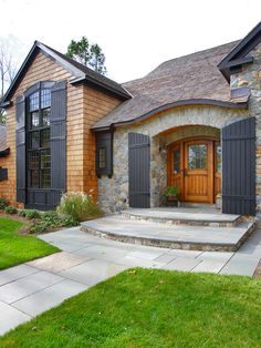 Brilliant Country Home Design Inspiration : Stunning Adirondack Country Home Exterior Design With Traditional Entry