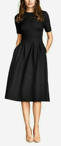 TooBusyBeingAwesome Dos and Donts Young Professional Women Classy Outfits Clothes Modest Outfits Modest Clothing Apostolic Fashion Business Attire Office Outfits Workwear Source by Dresses summer Mode Outfits, Office Outfits, Dress Outfits, Office Wear, Casual Office, Stylish Office, Office Uniform, Dress Clothes, Dress Shoes