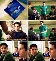 Stilinski. Je , euh pense. Tu as fait tomber ça.  ..Et félicitation #Stiles #coach #Scott #Dylan #O'Brien #Tyler #Posey