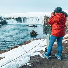 Goðafoss in the winter is pretty epic but you know what is even better? ⬇️ . Easy Iceland planning. Which is literally my mission in life. . So today I gave the most massive hint about the big SECRET to my Facebook group. *And by hint I mean I told them EXACTLY what's been going on behind the scenes! . Because there's nothing like having a strong TEAM supporting you! You guys are the BEST! Thank you to all who joined me live and gave your input . Ring Road eBook ✅ Itinerary Review ✅ ...