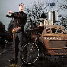 """TRAILHEAD COFFEE ROASTERS, portland oregon (owner charlie wicker modeled the """"box bike"""" from the architecture design of art deco trains. no price set for the coffee. pay what you think it is worth): Mobile Cafe, Mobile Shop, I Love Coffee, Coffee Shop, Food Cart Business, Business Ideas, Bike Cart, Mobile Catering, Coffee Delivery"""