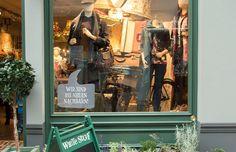 Adresse, Rufnummer, Öffnungszeiten und Foto von White Stuff in Oldenburg finden. Entdecke, wo du Mode von White Stuff online…