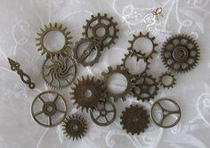16 Zahnräder + 1 Zeiger, Steampunk, bronzefarben von Zeit für Kreatives auf DaWanda.com