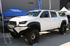 Toyota Tundra                                                                                                                                                                                 Más