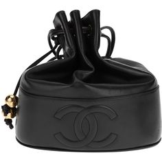 CHANEL VINTAGE leather bucket bag ($2,740) ❤ liked on Polyvore featuring bags, handbags, shoulder bags, chanel, purses, bolsas, hand bags, leather hand bags, purse shoulder bag and bucket bag