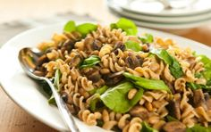 Whole Wheat Pasta with Mushrooms, White Beans and Arugula