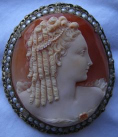 Marie Antoinette, antique cameo of Cornelian shell, set in seed pearls, ca1840