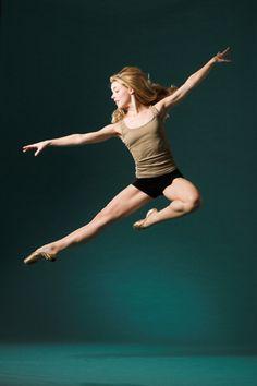 "Amanda Schull... have you seen ""Center Stage""? #amandaschull #dancer #dance"