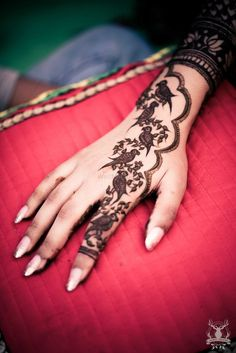 Trending: Parrots in your Mehendi | WedMeGood - Best Indian Wedding Blog for Planning & Ideas.