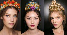 Yes or No? More accessories on the hair than on the body @dolcegabbana #hairband #hairaccessories #dolcegabbanaaccessories #crowns #beads #hairjewels #highstreetjewelry #mydubai #myabudhabi #KSA #kuwait #doha #bahrain #muscat #دبي #ابوظبي #الامارات #جدة #كويت #دوحة#مسقط by highstreetjewelry