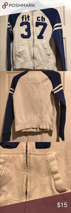 Abercrombie Kids Full-zip front sweater Abercrombie Kids  Full-zip front sweater  Ivory & Blue Large  Cotton Blend in Great Condition Abercrombie & Fitch Shirts & Tops Sweatshirts & Hoodies