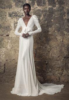 Sleek Wedding Dress, Dream Wedding Dresses, Bridal Dresses, Wedding Gowns, Long Sleeve Wedding, Dress First, Bridal Collection, Empire, Neckline