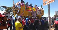 Manifestantes marcham em Brasília por mais verbas para o SUS