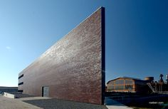 Röben Klinker, Bricks | Science-Center, Ostrava (CZ) | Klinker: ADELAIDE burgund | Planung: AP ATELIER, Josef Pleskot, Prag | Foto: Klinker Centrum s.r.o., Tschechien