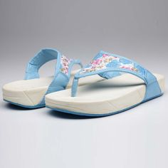 flippers blue wedges Blue Wedges, Sandals, Stuff To Buy, Shoes, Collection, Fashion, Slide Sandals, Moda, Shoes Sandals