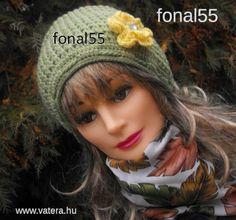 Crochet Beanie, Crochet Hats, Ladies Fashion, Womens Fashion, Lany, Facebook, Feminine Fashion, Fashion Women, Women's Clothes