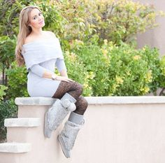 Outfit with these amazing Smokey Grey #Lukluks !  #boots #bootseason #winterboots #ootd #outfit