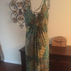 Maxi dress Beautiful summer maxi dress in great condition very flattering on Dresses Maxi