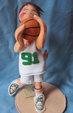 """1994 Annalee 10 1/2"""" Basketball Doll Boston Celtics Colors Made in USA $40.00"""