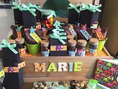 Inspiratie doop uit de AVA winkel - Inspiration naissance au magasin AVA #AvaPapierwaren #Ava #DIY #geboorte #geboortemand #baby #suikerbonen #ZelfMaken #VanParys