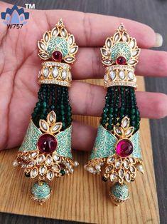 Indian Jewelry Earrings, Jhumki Earrings, Fancy Jewellery, Head Jewelry, Indian Wedding Jewelry, India Jewelry, Bridal Jewelry, Traditional Earrings, Jewelry Collection