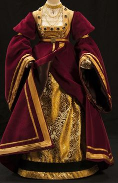 Gown made by Ren Boggio based on the gown used by Anne of Cleves on the portrait by Hans Holbein the Younger, c. 1539.