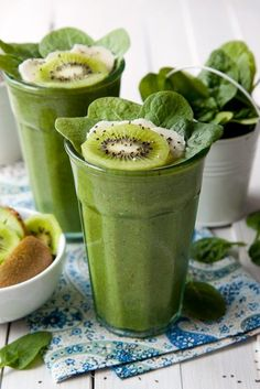 Kiwi and chia seeds smoothie is a green goodness smoothie.  We have loads of spinach, kiwis, chia seeds, and bananas. Very green and very tasty.