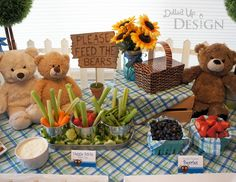 *plates*Bear Party (Teddy Bear Picnic) - Moms & Munchkins