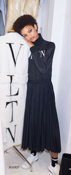Valentino-Pre-Fall-18_image pinned from vogue.com