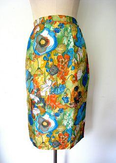 Watercolor Floral Silk Pencil Skirt, vintage 1960s. Lolavintage.com