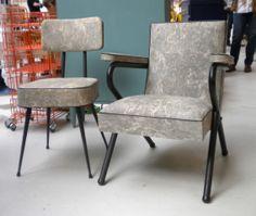 Ensemble chaises et fauteuil mobilier de bureau vintage